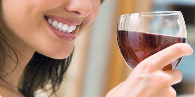 Resultado de imagen para salud bucal vino